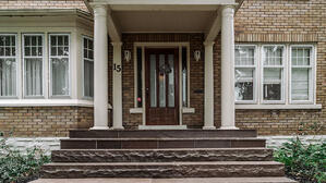 Outdoor-living-space-in-downtown-kitchener-front entrance
