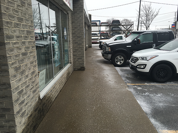 Commerical-Sidewalk-Cleared-After-Kitchener-Snow-Storm